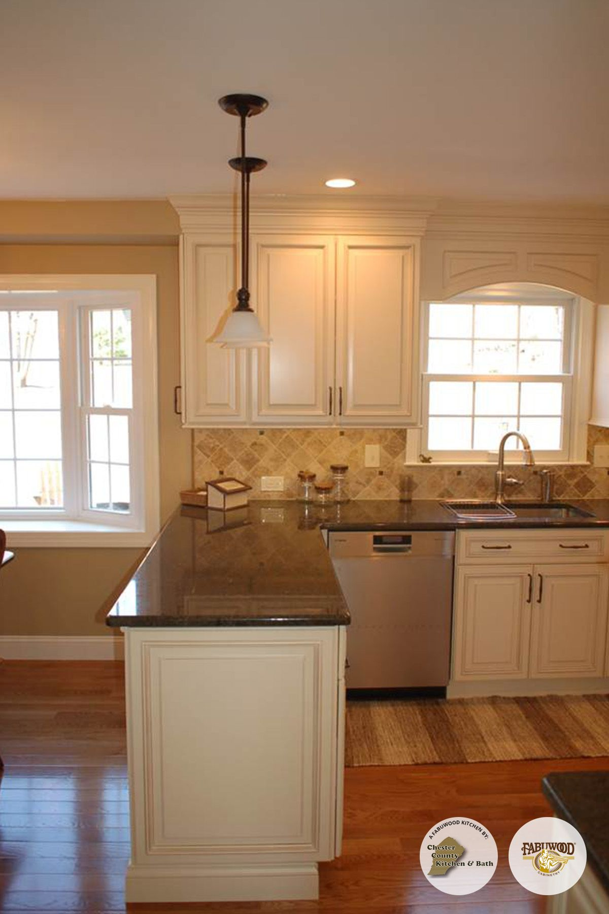 Another View Of The Classic Wellington Cabinets In Ivory Fabuwood Classic Kitchen Remodel Small Open Kitchen And Living Room Kitchen Redecorating