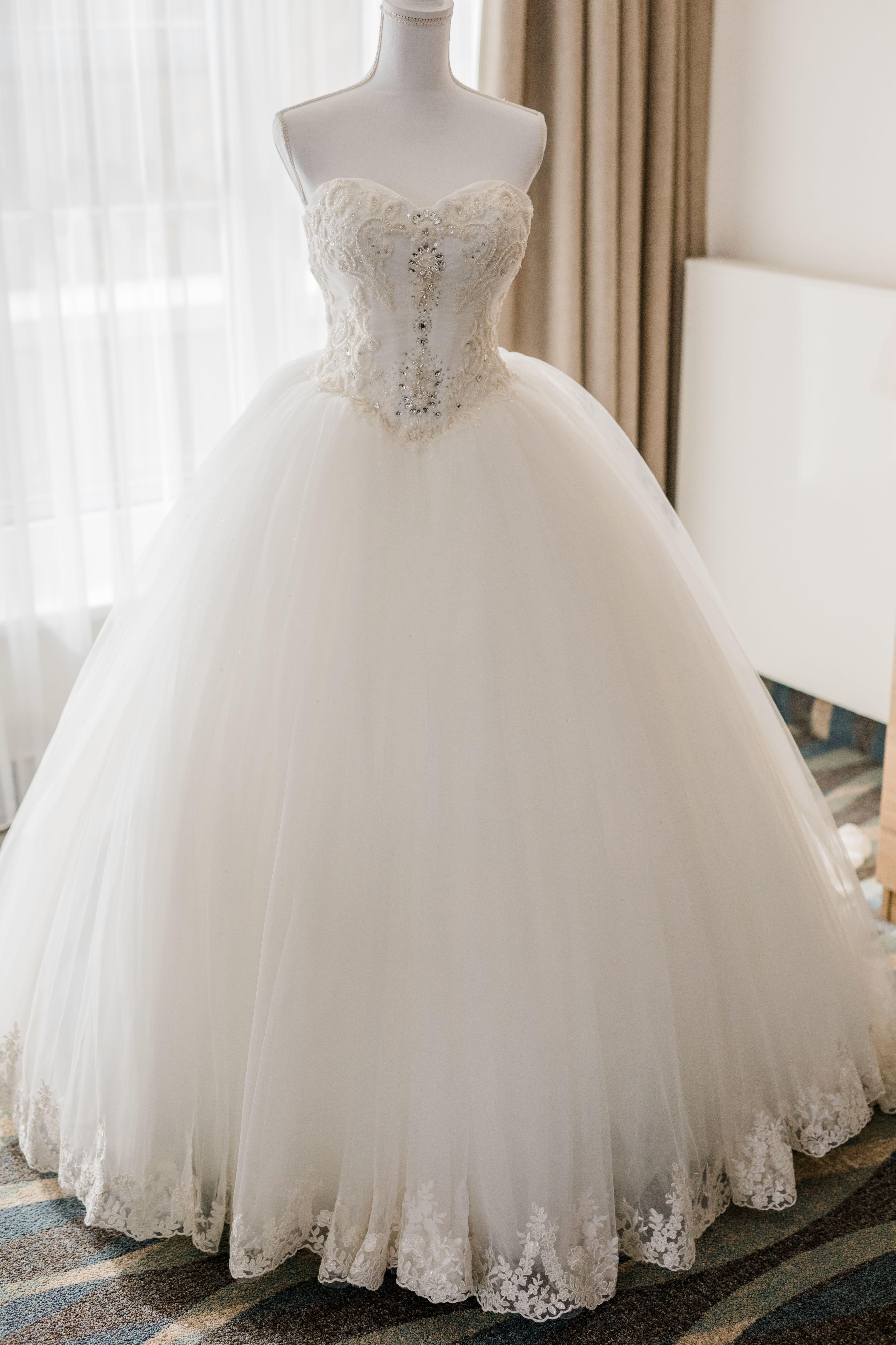 """Brautkleid """"Prinzessin"""" mit Herzcorsage in 17  Brautkleid"""