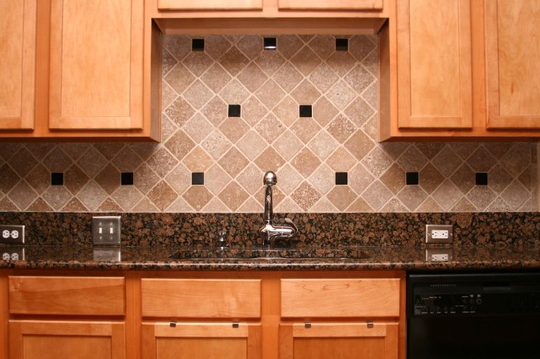 kitchen backsplash photo gallery | Granite counter top and tumbled ...