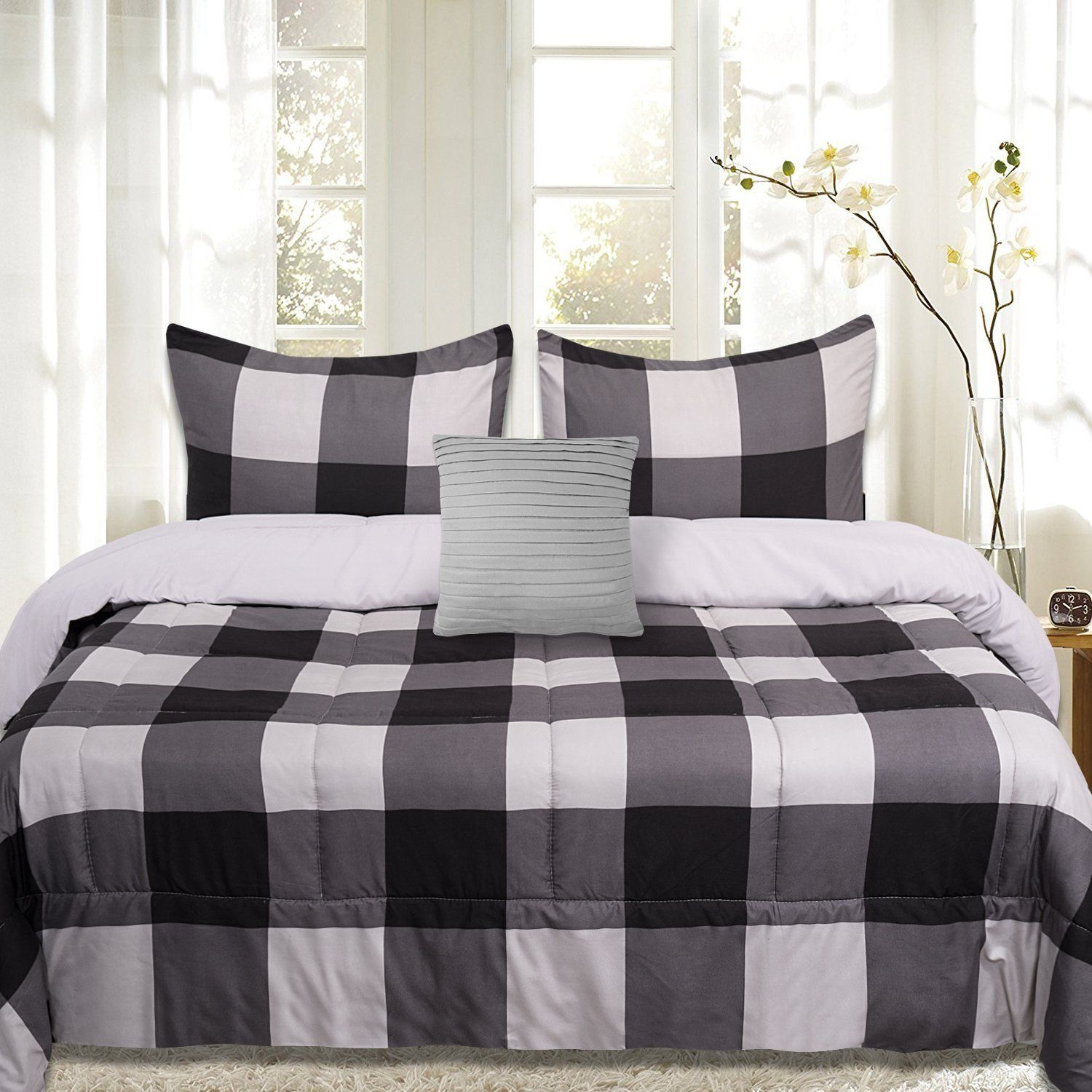 Luxury Red /& Black Buffalo Checkered Down Alternative Comforter and Pillow Shams