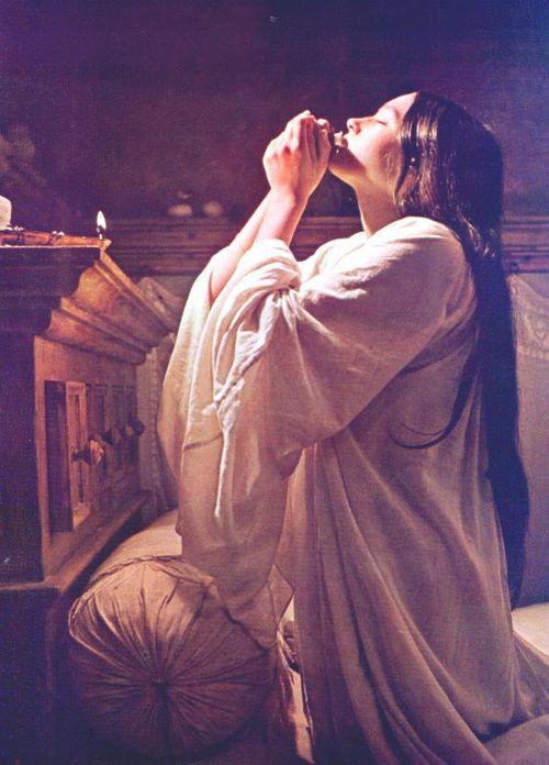 Heartbroken Olivia Hussey Juliet Capulet Romeo Juliet