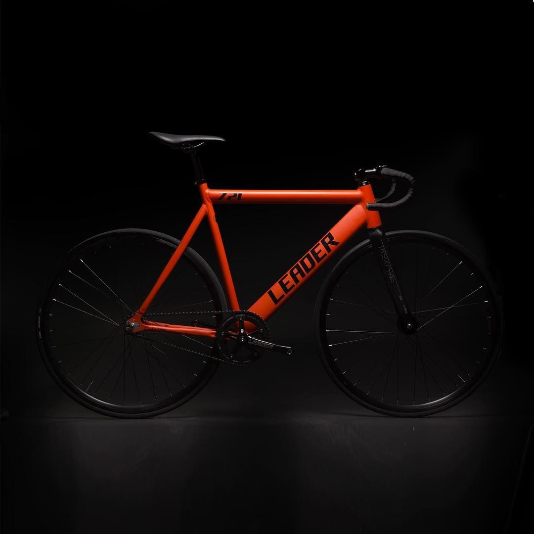 ⭐️ New arrivals! ⭐️ Leader 721 fixie bike in matte Orange, Green glitter and matte Black !! #newin #fixie #fixedgear #fixiebike #piñonfijo #pignonfixe #scattofisso #bike #bici #vélo #fietsen #leaderbike #leader721