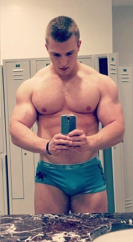 gay big muscle Huge pec