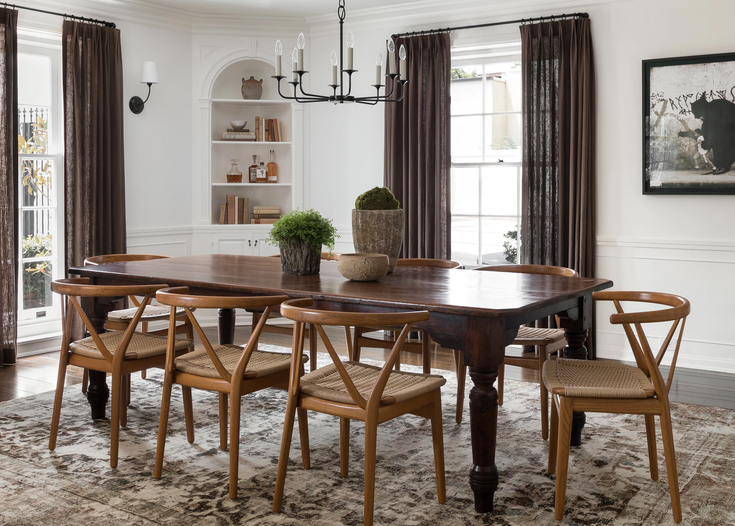 The First 5 Things You Should Buy When Decorating Your Dining Room
