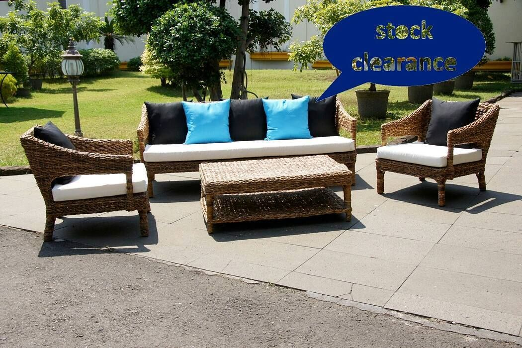 STOCK CLEARANCE  SURIN Living Set RP. 5.125.000 per set   -harga belum ongkir -sisa stock tinggal 8 sets -frame rotan weaving banana leaf (termasuk cushion tidak termasuk bantal) -single 70x80xT71/ TD30 cm -sofa 188x80xT71/TD30cm -meja 113x65x28cm  #dkotakfo #furniture #factoryoutlet #stockclearance #lounge #rattan #chair #living #sofa by dkotakfo