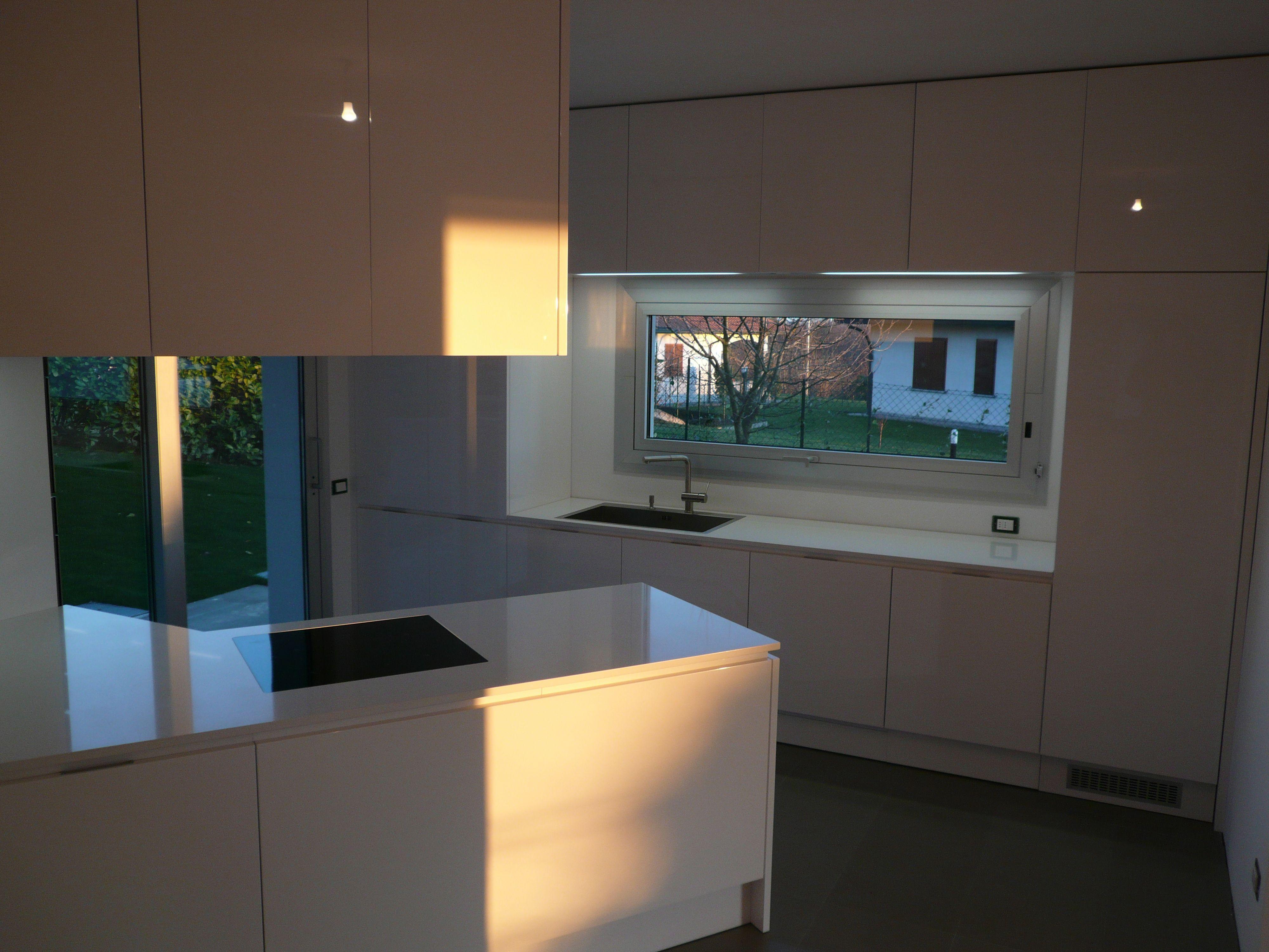 cucina su misura, cucina artigianale, cucina bianca lucida, cucina ...