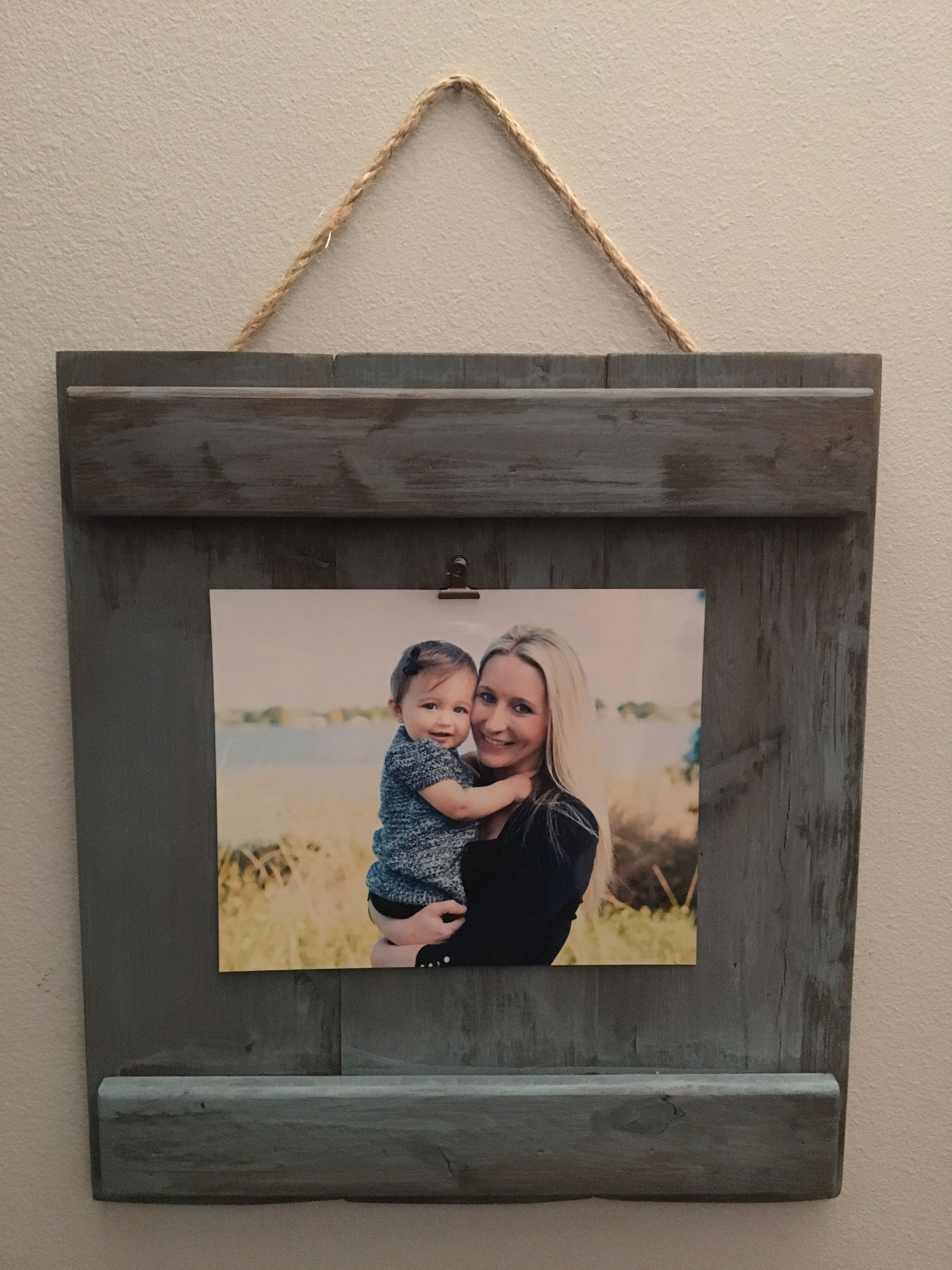 Rustic Picture Frame To Add A Special Customization To Your