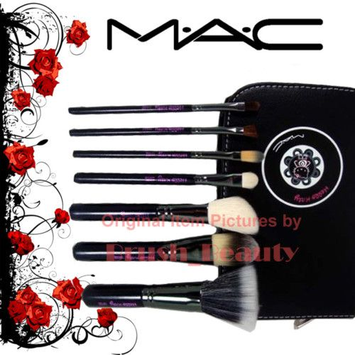 913ec4dec Hello Kitty MAC makeup brush set! Not a hello kitty fa, but a hugeee MAC fan