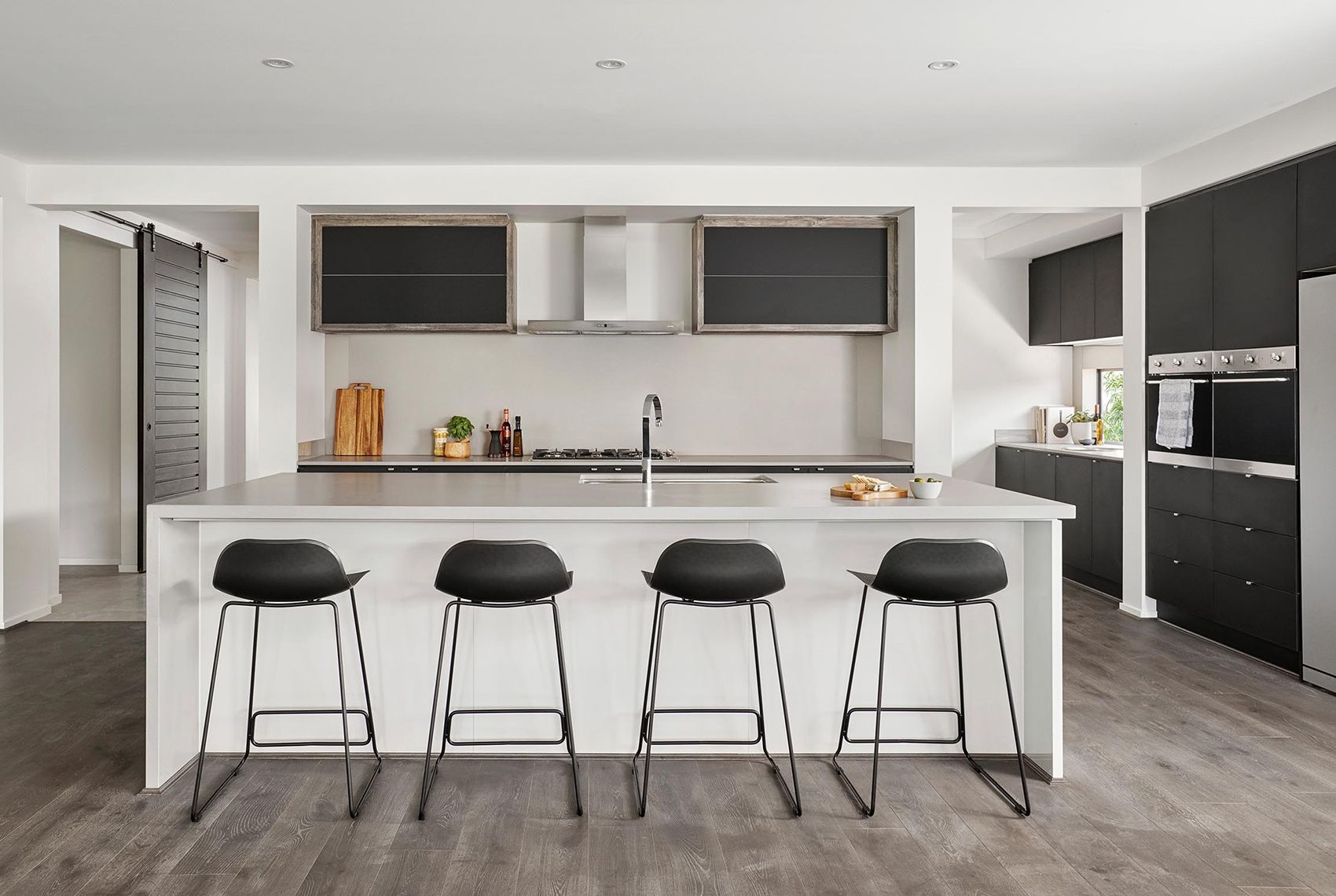 Bentley 42 Kitchen New home designs, House design, Kitchen