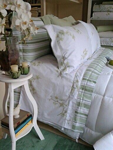 Artelasse e uma das nossas marcas de homewear favoritas, se vc assim como eu ama os produtos da marca, welcome to leostore... amamos vender cama mesa e banho.