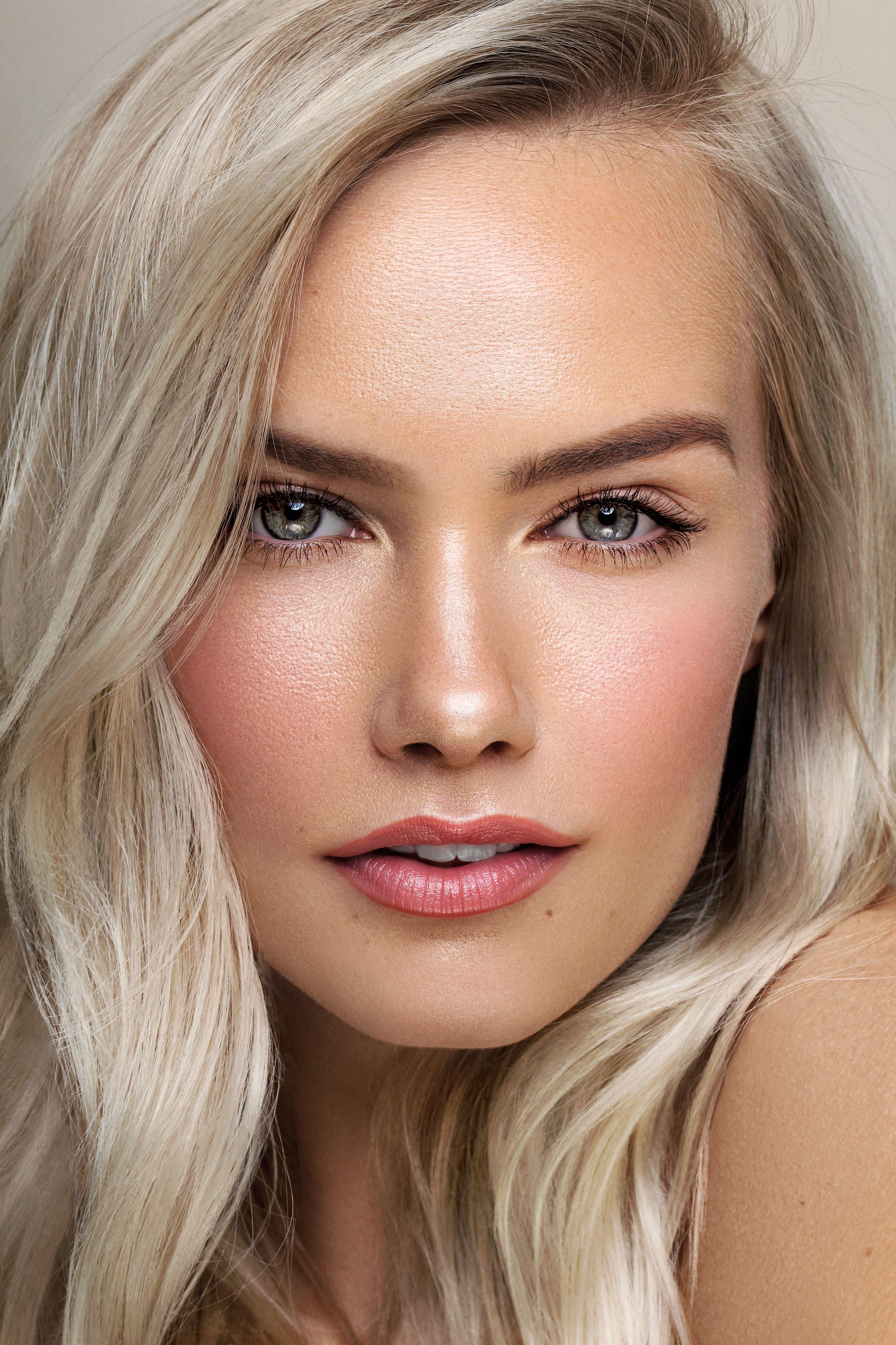 model: sara skjoldnes natural makeup & platinum blonde hair