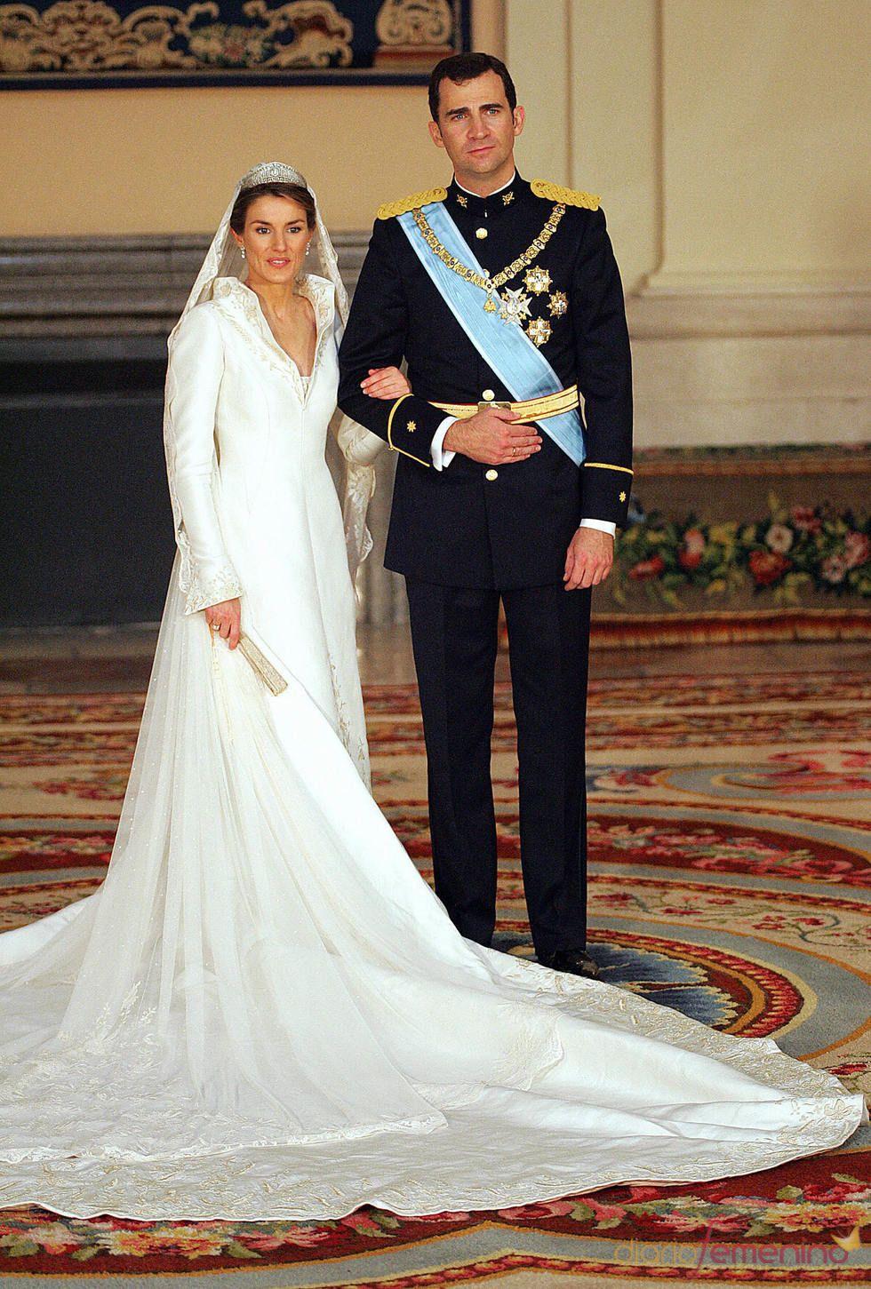 Foto oficial de la boda del Príncipe Felipe y Letizia ...