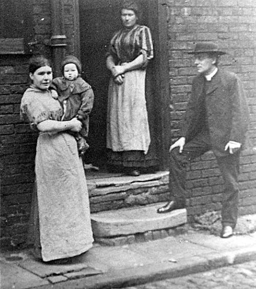 Leeds Mission Home Visit Early 1900 39 S Old Pics