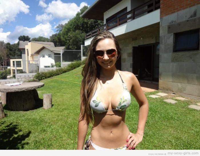 Girl Next Door Amateur Blowjob