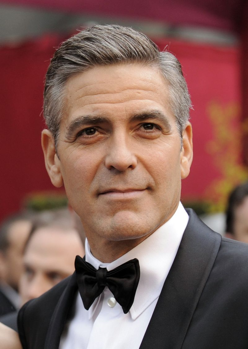 George Clooney - I know I have pinned him twice...but he is sooo easy on the eyes!!