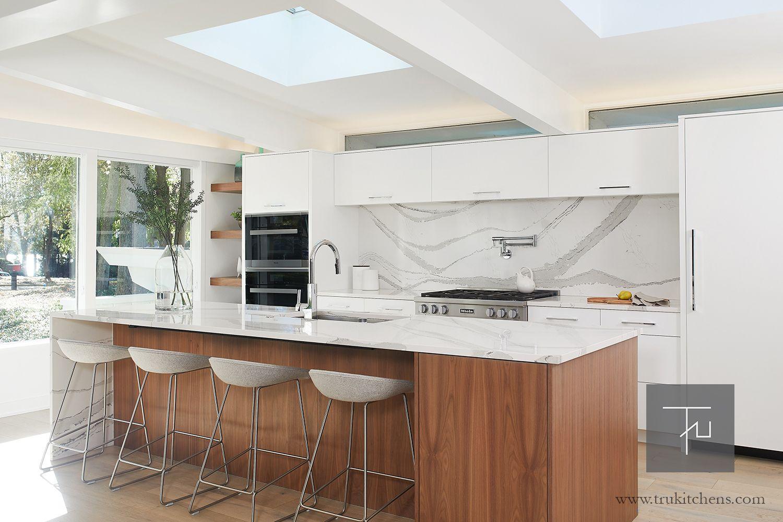Mid Century Modern Kitchen Kitchen Inspiration Design Mid Century Modern Kitchen Modern Kitchen