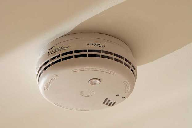 How To Stop Smokealarm From Beeping Smoke Alarm Beeping Smoke Alarms Smoke Detector
