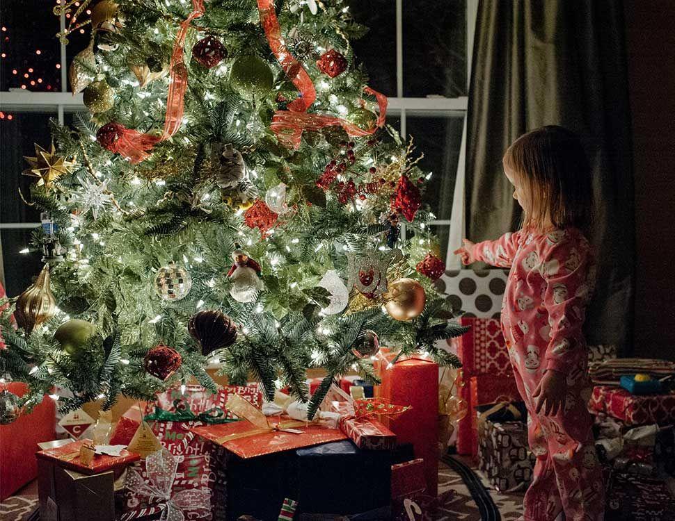 Christmas Tree Lights Photos 5 Easy Steps Christmas photography