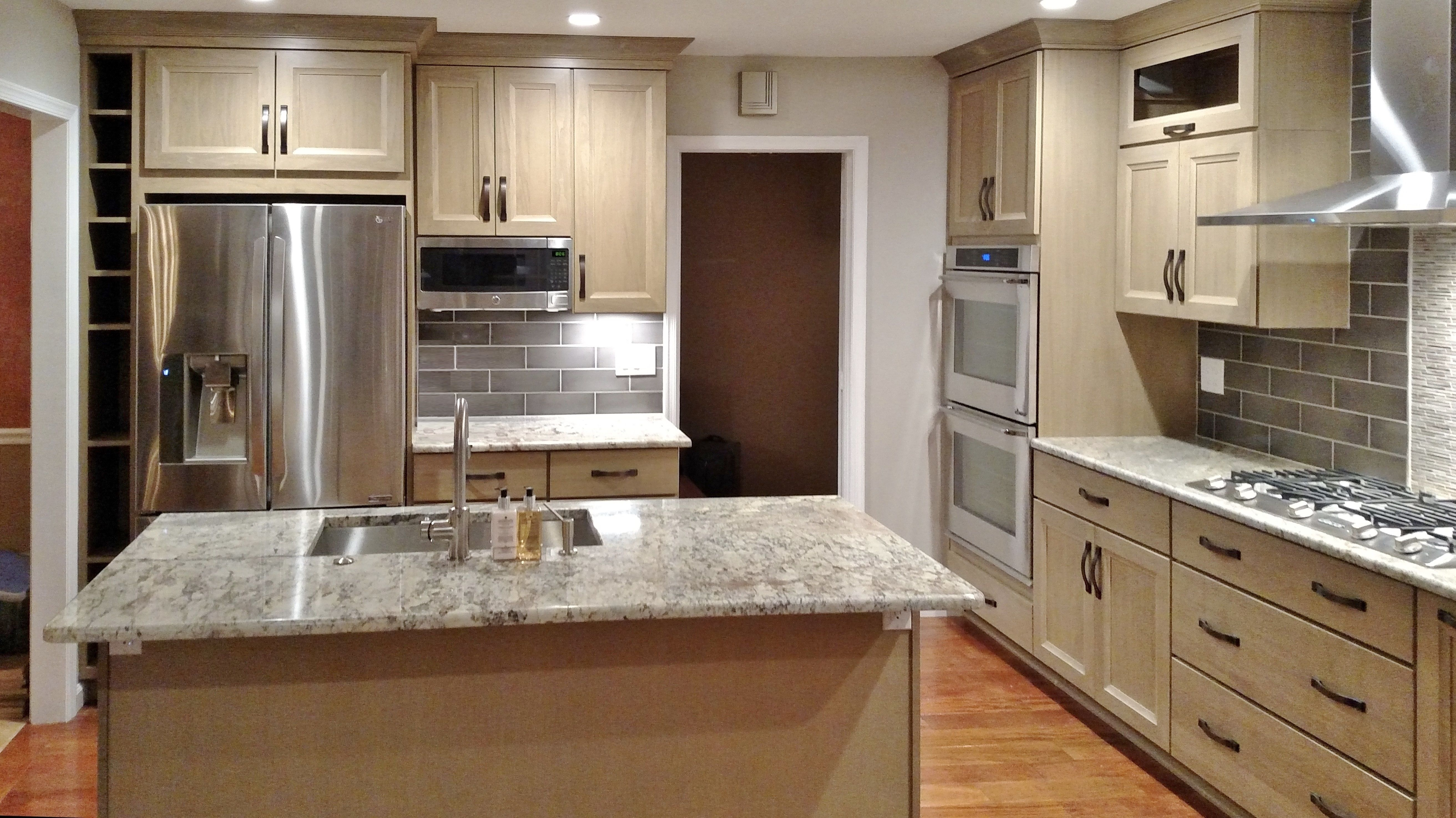 Poplar Cabinets With Seagull Stain Granite Countertops See Our Rockville Showroom Sunday Kitchen Ba Kitchen Cabinet Design Kitchen Design Kitchen Cabinets