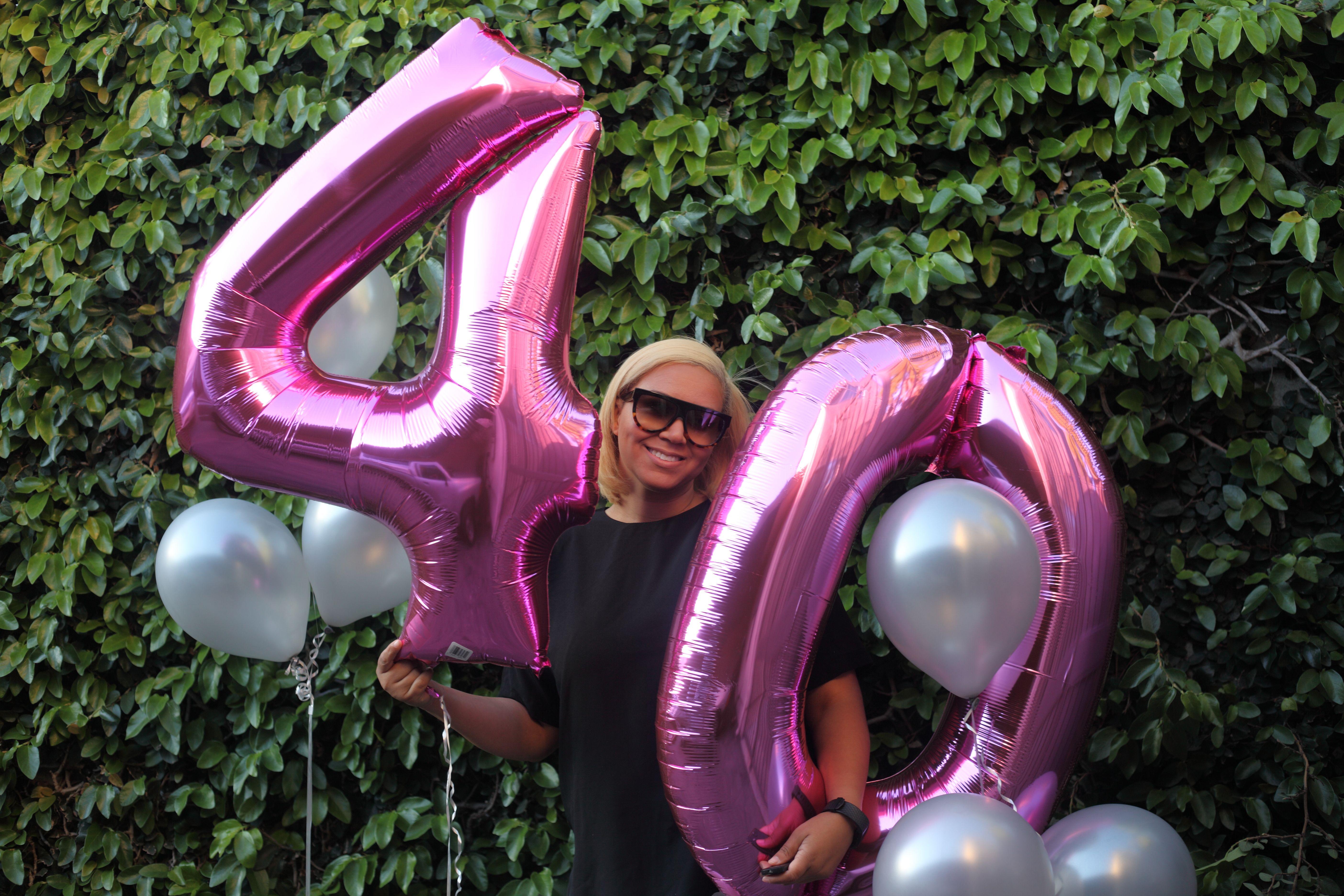Birthday Photoshoot Photo Shoot 40th Birthday 40th Birthday Ideas Birthday Photoshoot 40th Birthday Birthday Photos [ 3744 x 5616 Pixel ]