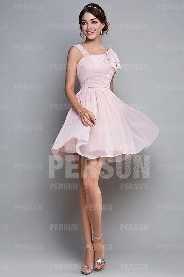 b1b14f5df53 Robe de demoiselle d honneur courte asymétrique. Robe courte rose pâle ...