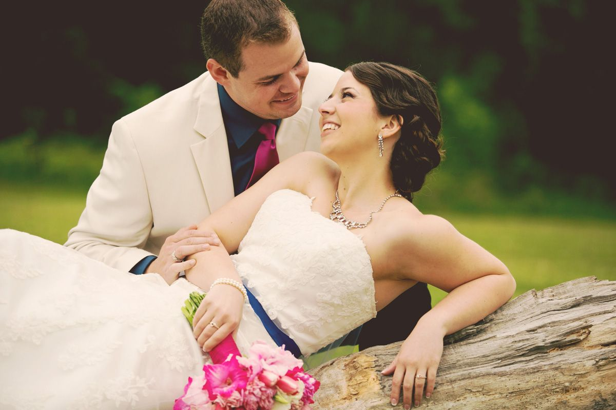 Photo by Kim.  #weddingphotographersmn #weddingphotographermn #minneapolisweddingphotographyprices