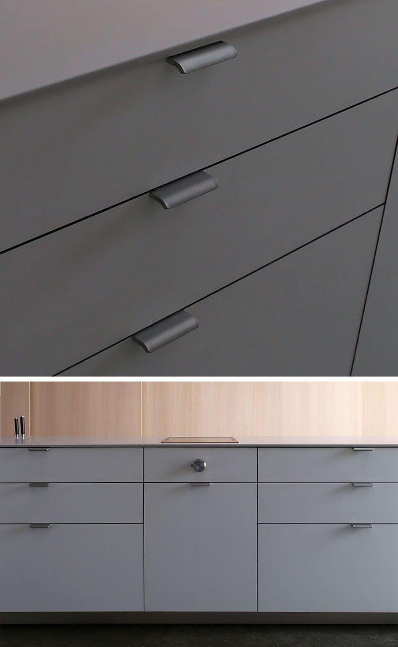 Image Result For Top Hinged Cabinet Pulls Kuchengriffe Schrankbeschlage Schrankgriffe