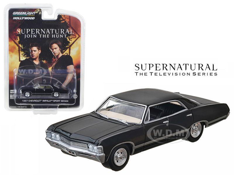 1967 CHEVROLET IMPALA SPORT SEDAN Supernatural 1:64 Greenlight 44692 NUOVO Chevy