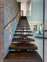 resultado de imagen para escaleras modernas que desemboque en la cocina