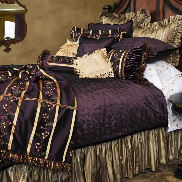 Look at this bedding it 39 s majestic or maybe over the top but it 39 s purple so i love it for Royal purple master bedroom