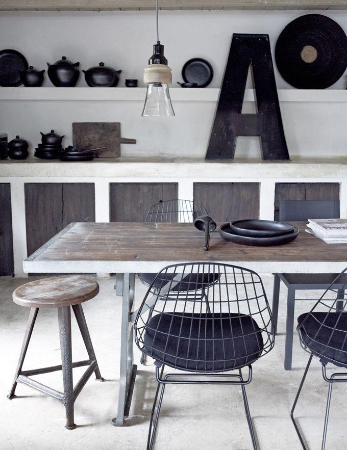 Idées Pour Vous Convaincre De Dépareiller Vos Chaises Chaises - Deco salle a manger style industriel pour idees de deco de cuisine