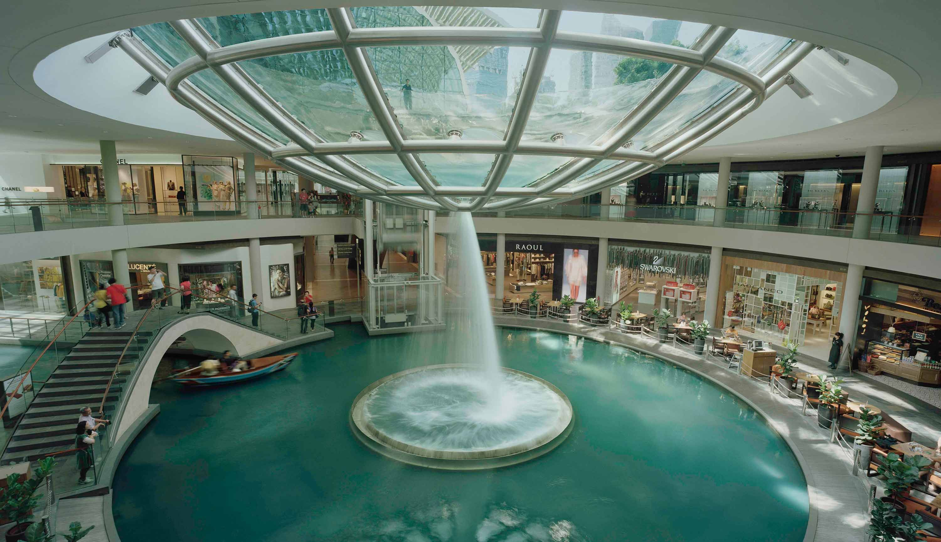 Singapore: The Shoppes at Marina Bay Sands | My Favourite