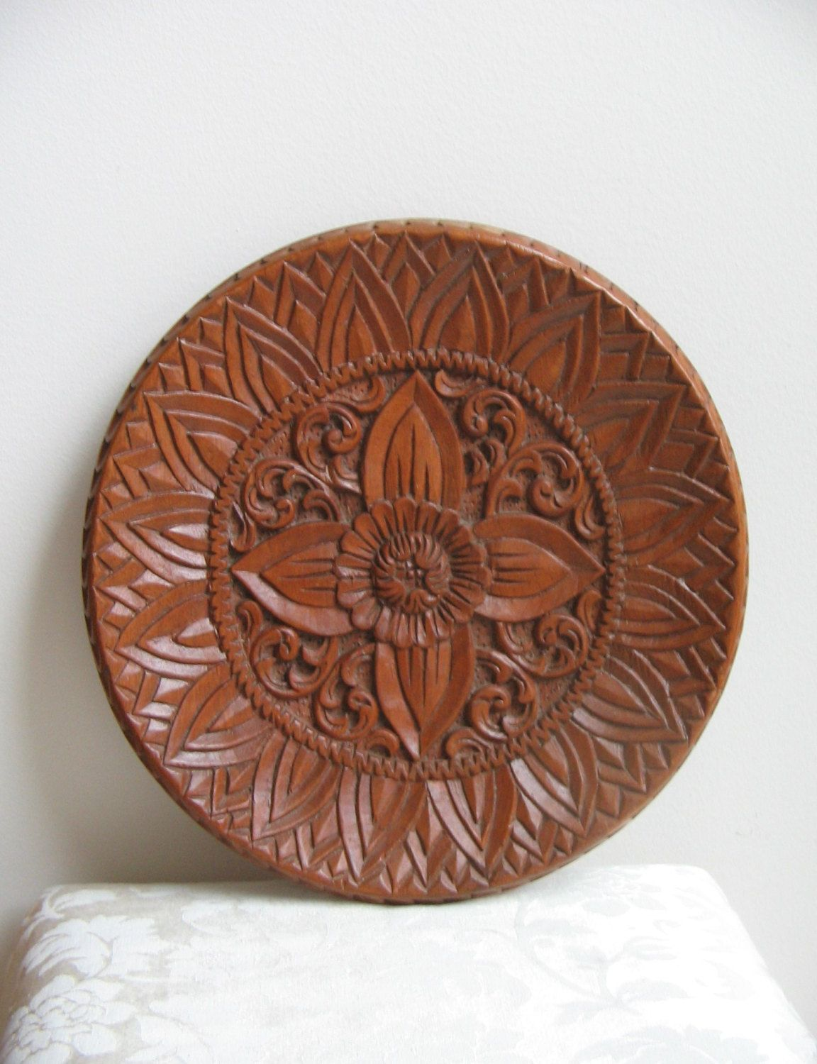 Carved Wood Wall Art Decor Prepossessing Vintage Carved Wood Wall Art Large Round Plate Possibly From Decorating Design