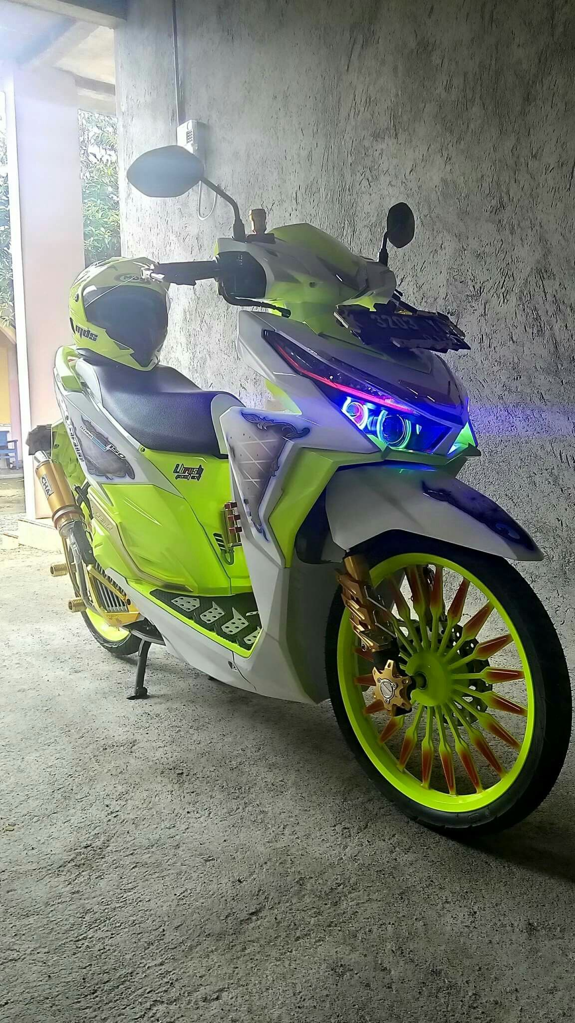 Pin By Its Me On Vario 150 Pinterest Scooters