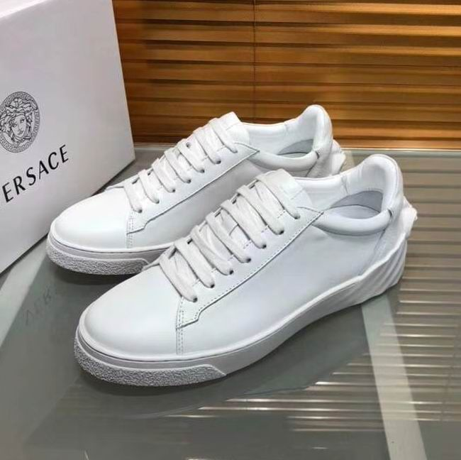 VERSACEMedusa leather sneakers F2f1L7