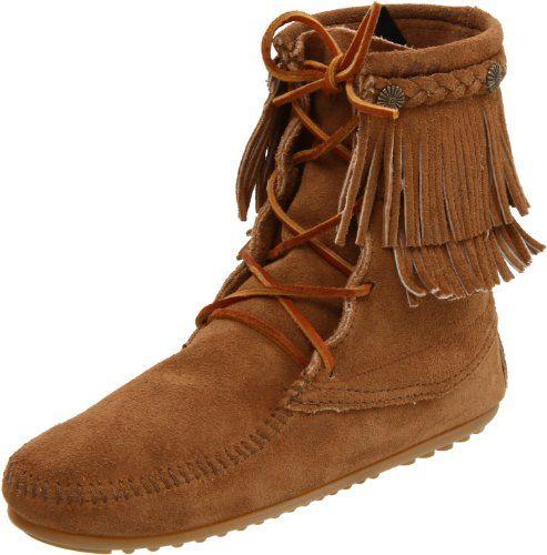 Minnetonka Women S Ankle Hi Tramper Boot Taupe Minnetonka Http Www Dp B004uej0a8 Ref Cm Sw R Pi Dp Z37ssb1n7f1 Boots Womens Boots Boot Shoes Women