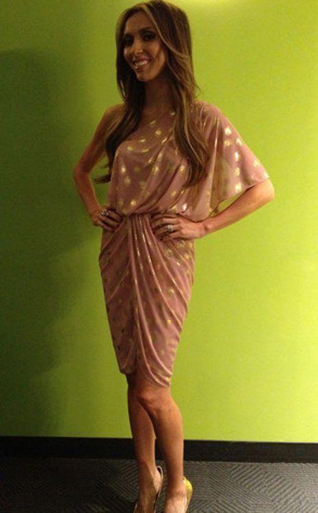 Jessica Alba wearing Lia Sophia Hematite Necklace ...