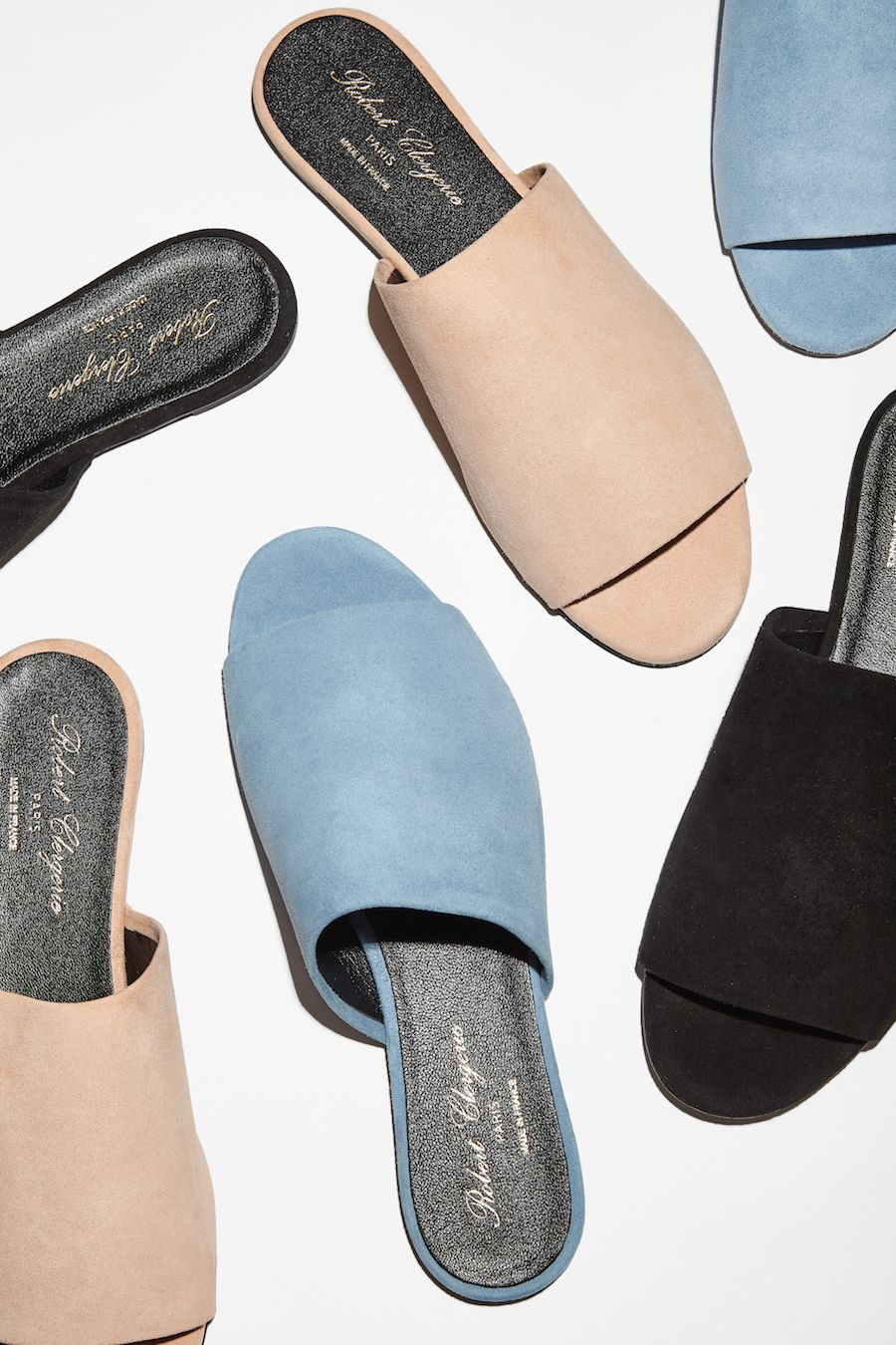 Clean Slide / Minimal lines in ultra-soft suede. Presenting the Gigy Slide from Robert Clergerie.