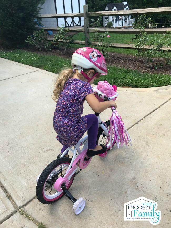 Teaching A Child To Ride A Bike Ditch The Training Wheels Bike