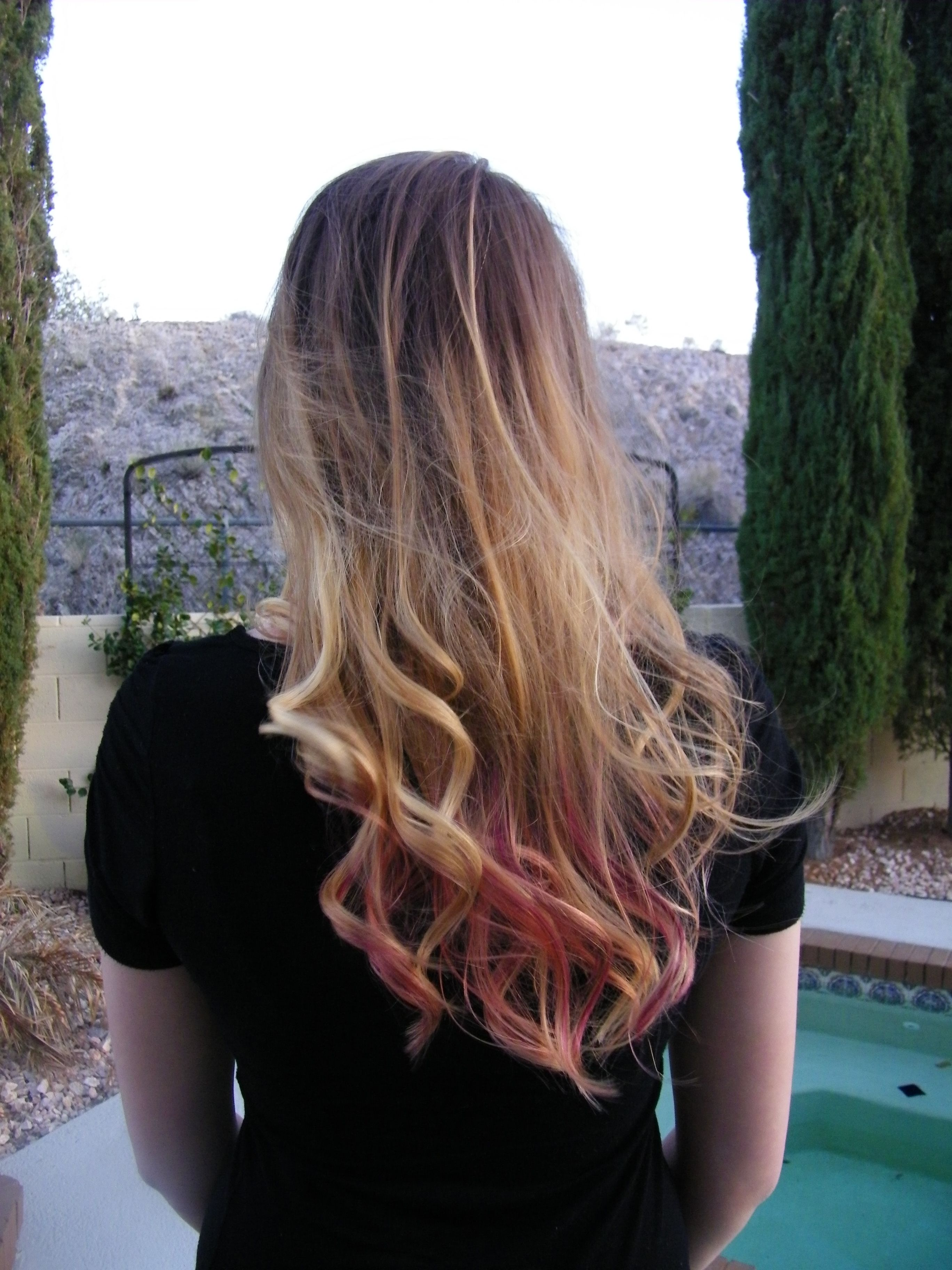 Well, I did it! Ombre hair with dip dye :) brown to blonde to pink!