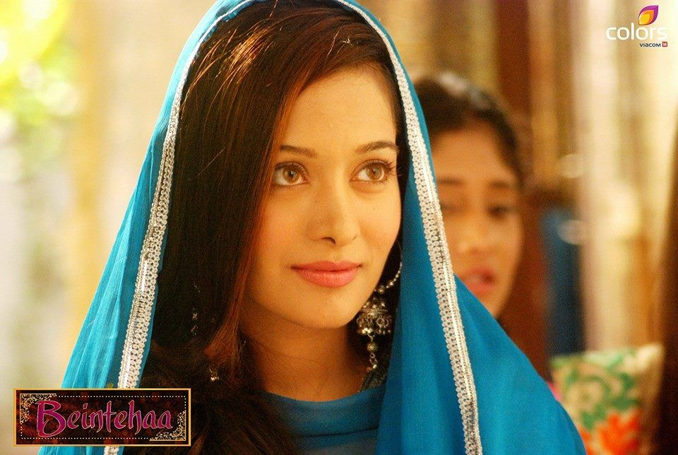 Bollywood Fashion N Beauty: Preetika Rao Beintehaa