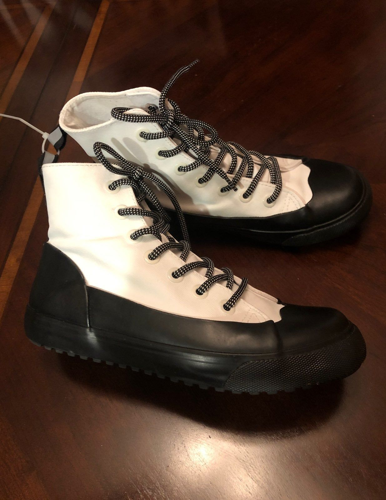 Hunter for TARGET Rain boot Size M6/W8