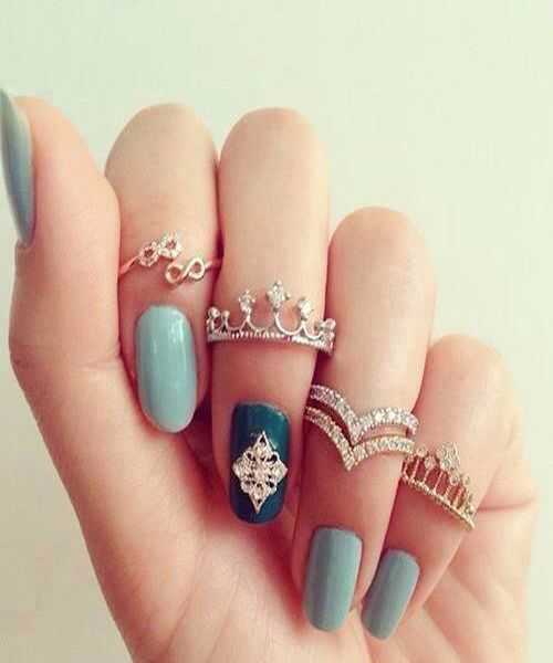 BEAUTIFUL NAILS ART WITH RINGS