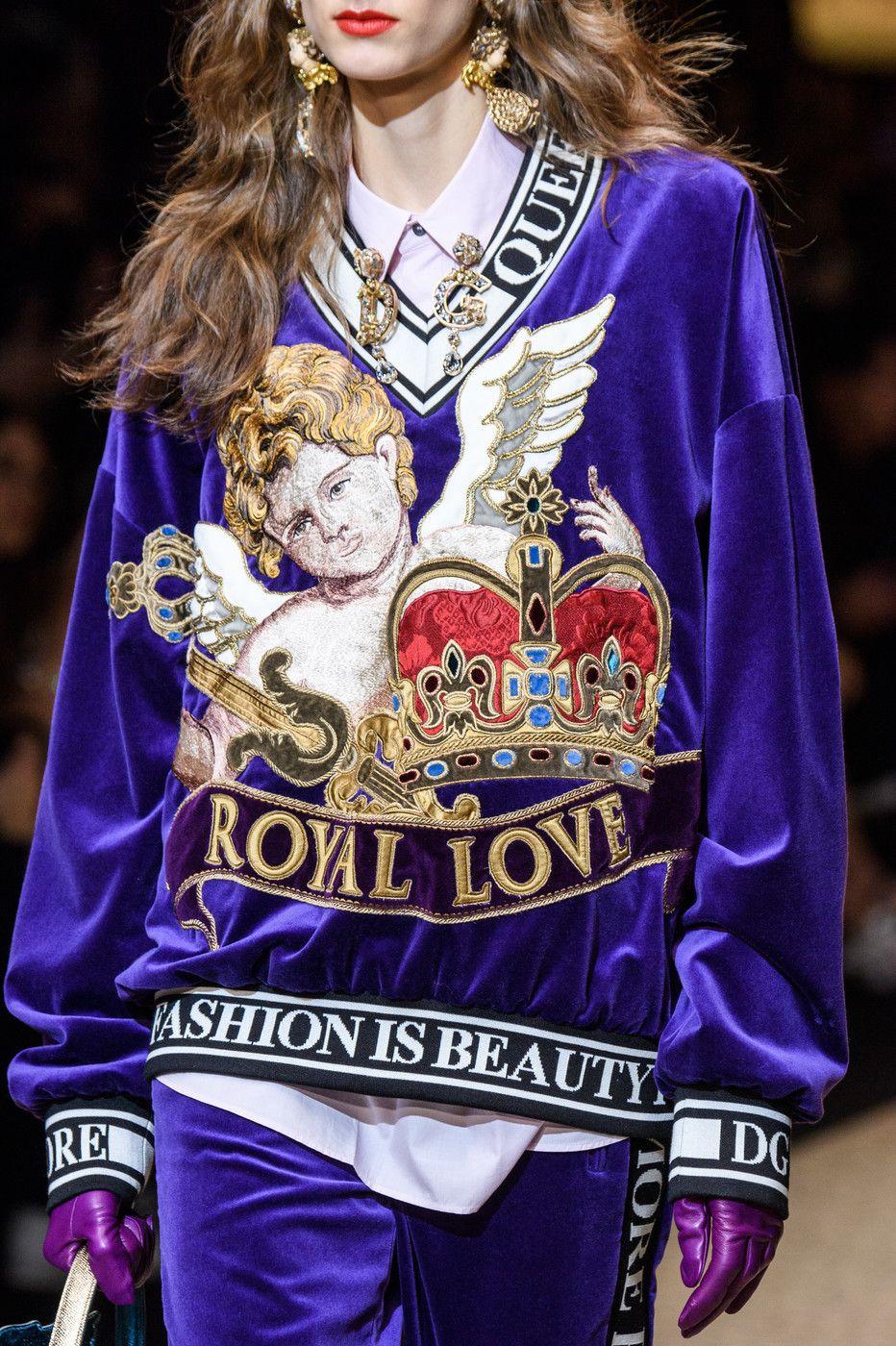 Dolce   Gabbana at Milan Fashion Week Fall 2018 - Livingly edf47ee616e37