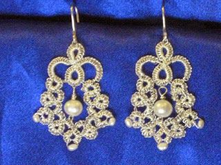 Tina's handicraft : earrings