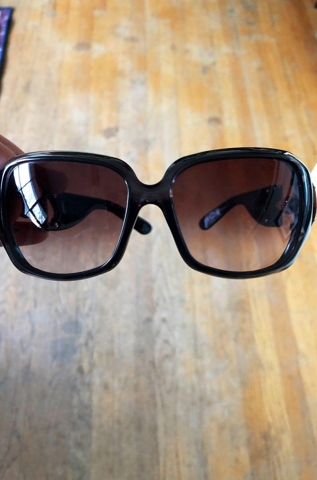 Gucci sunglasses no case dark olive green with