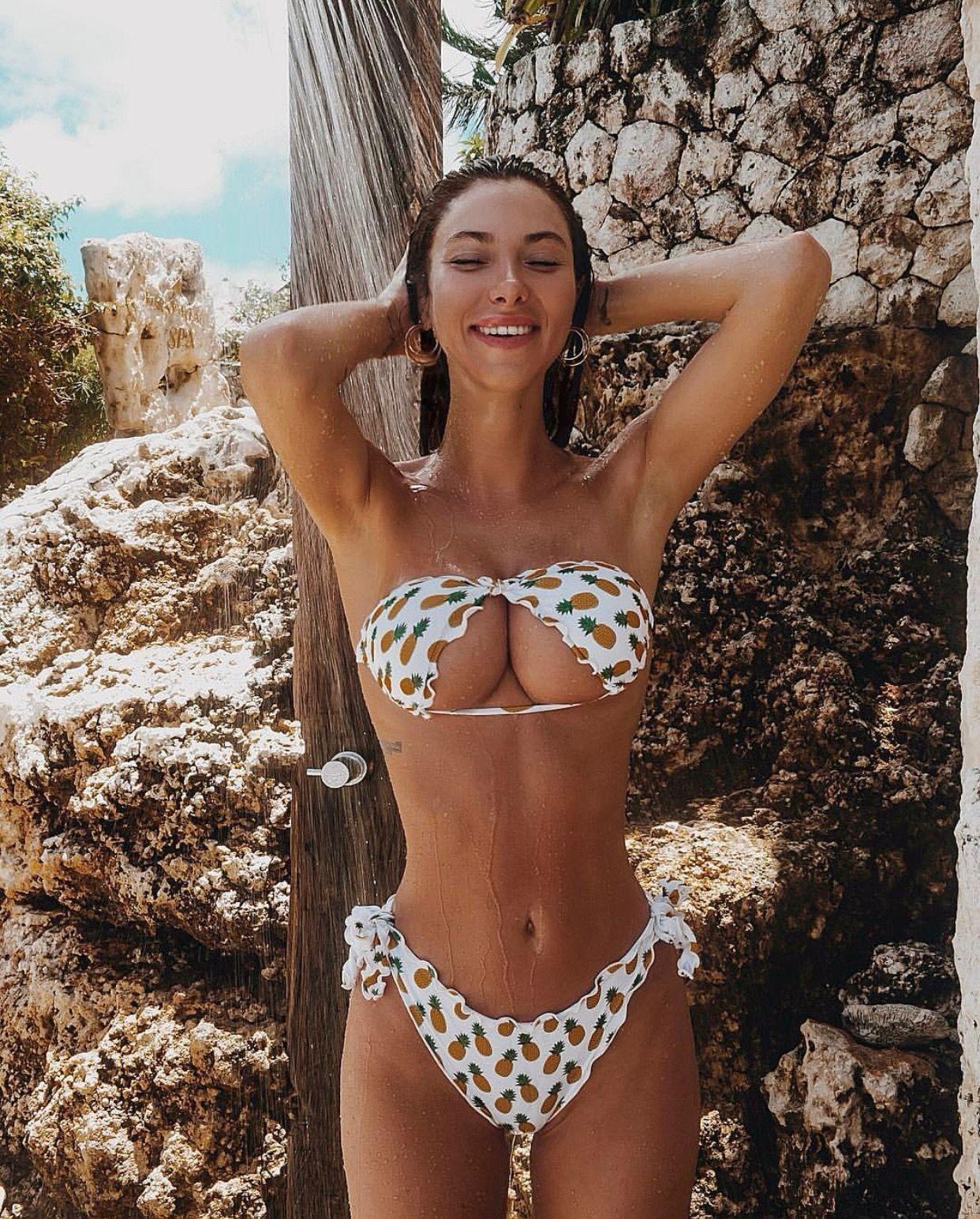 Youtube Valentina Fradegrada nude (78 photo), Ass, Is a cute, Twitter, butt 2006