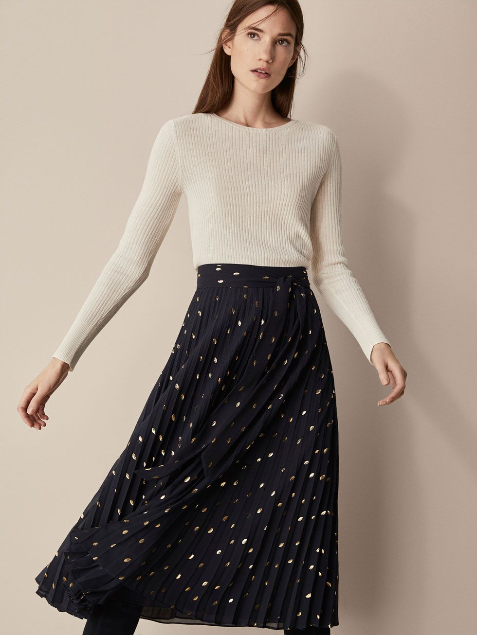 b1e4f42208 Skirts - WOMEN - Massimo Dutti   Fashion Finds   Pleated skirt ...