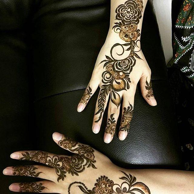 شارکونا حناة العيد الله یسعد من حط لایک اكتبي اسم من اسماء الله الحسنى لعل الله يفرج به همك بنات عندها مسابقات اس Henna Henna Patterns Henna Hand Tattoo