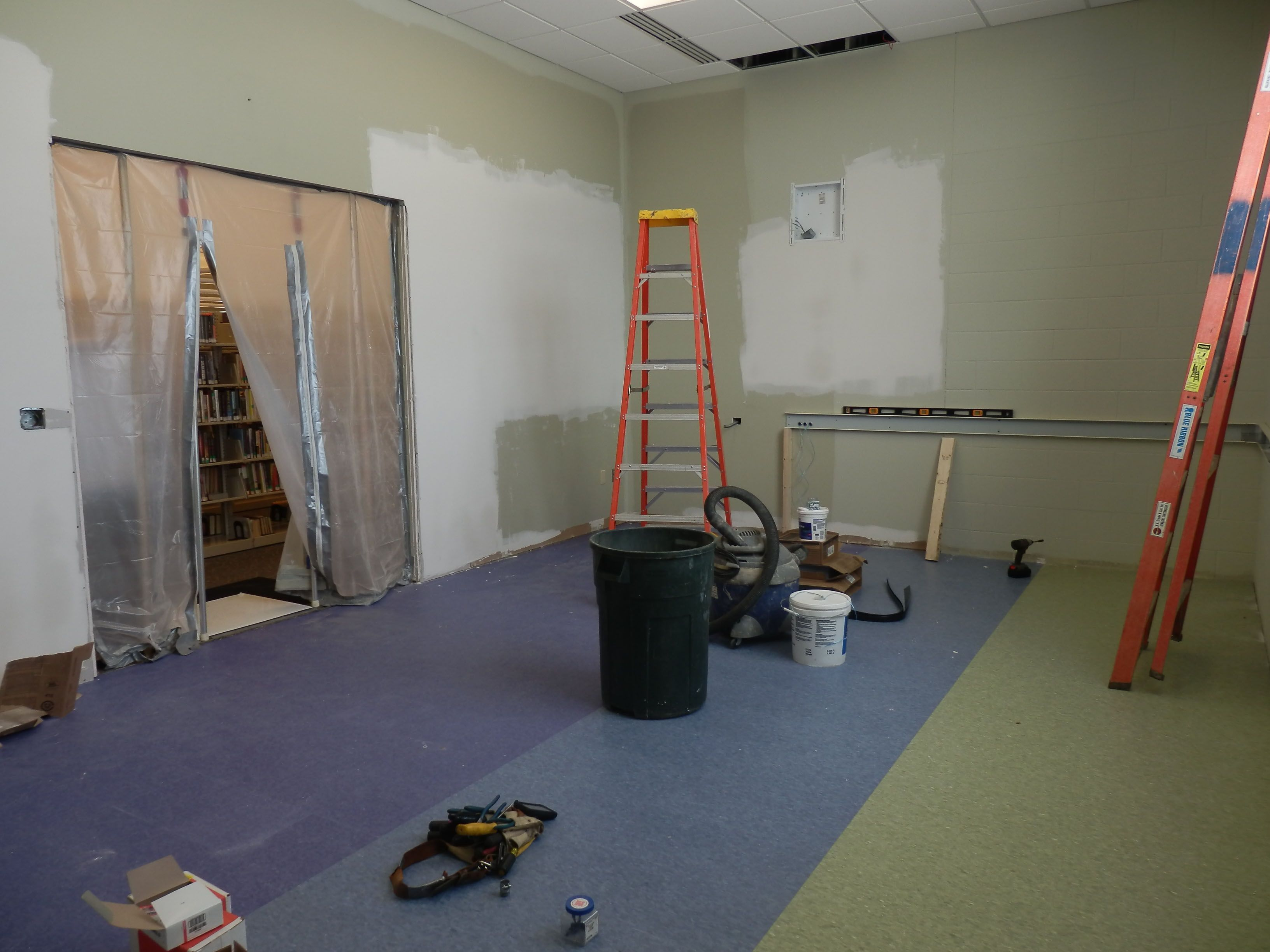 The old magazine room at the Georgetown Branch is being turned into a maker space! What does that mean? There will be 3D printers, sewing machines, and other equipment and software available for patrons to use! The projected opening is April, 2014.